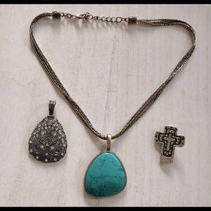 Premier Designs Necklace & Pendants